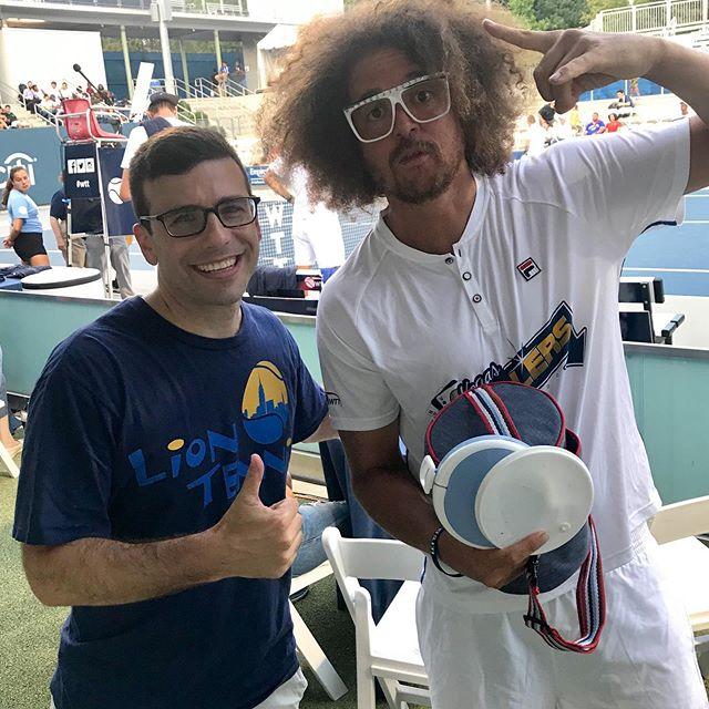 @redfoo is no joke on the tennis court. He can really play. #forehand  #partyrockanthem #worldteamtennis #nyempire #caryleedstenniscenter #nyjtl #liontennis #brooklyntennis #parkslope #cobblehill #brooklynkids #nyckids #afterschool