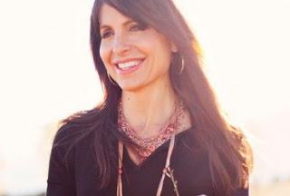 Lisa Bevere, I love you!