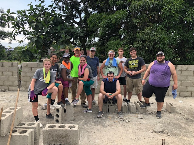 Our Build Team minus our Pastor who had helped on Day 1.  Kiera, Alicia, Margaritta, Phil, Will, Tim, Logan, Ben, Solomon and Ryan--you guys and gals ROCK! It was a pleasure serving with you all! {Insert all the feels}