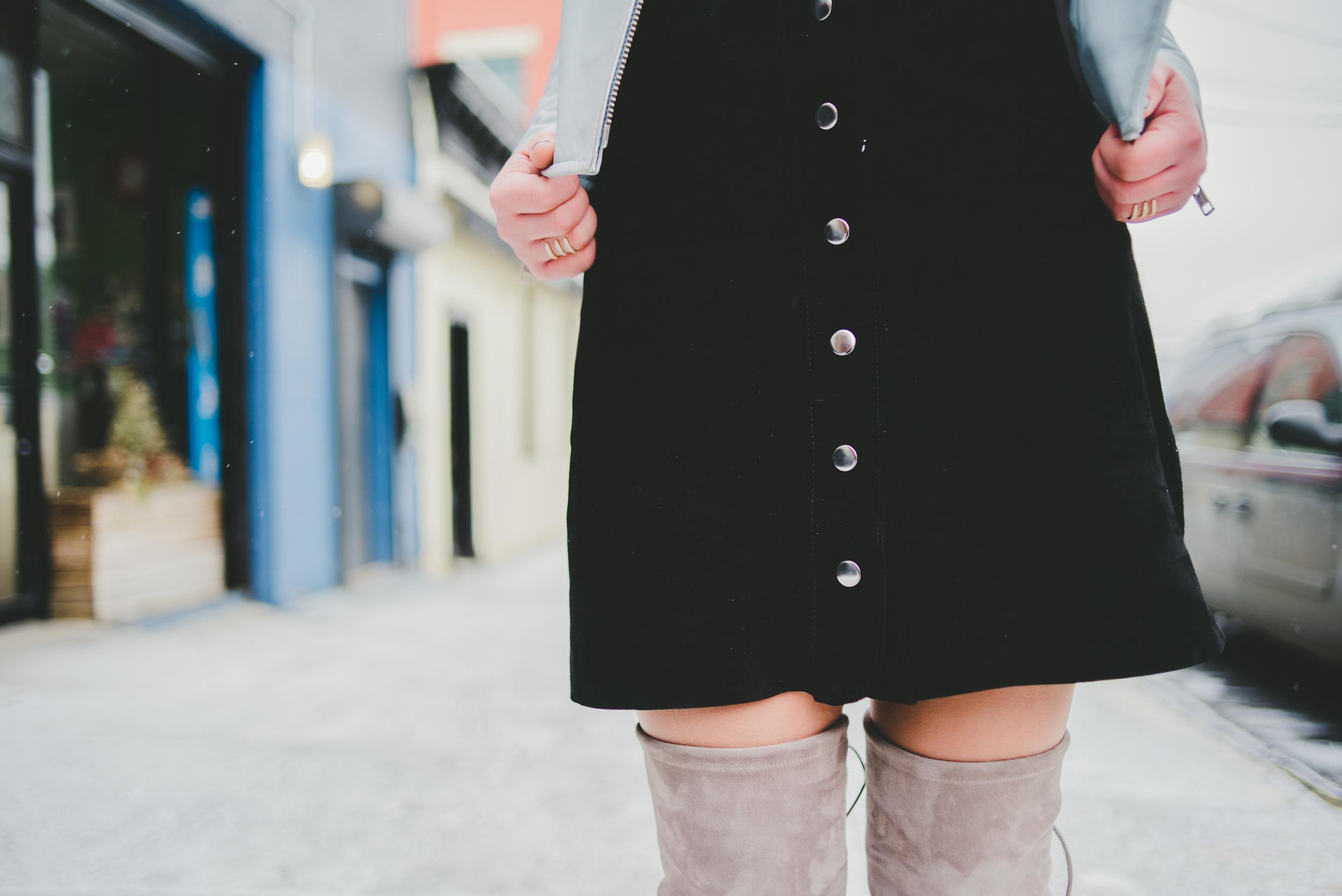 Zara Suede Buttoned Skirt