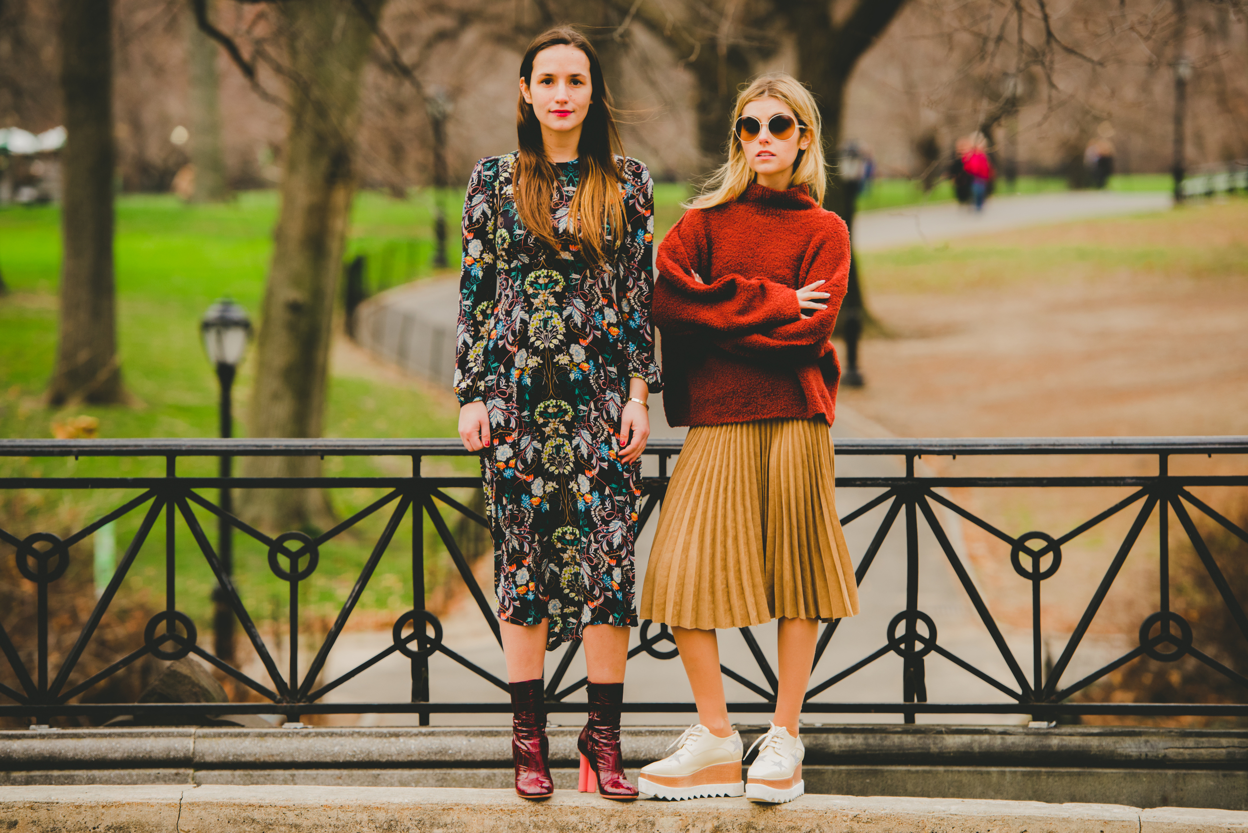 NYC Fashion Blogger Sisters in Central Park Sophie and Charlotte Bickley