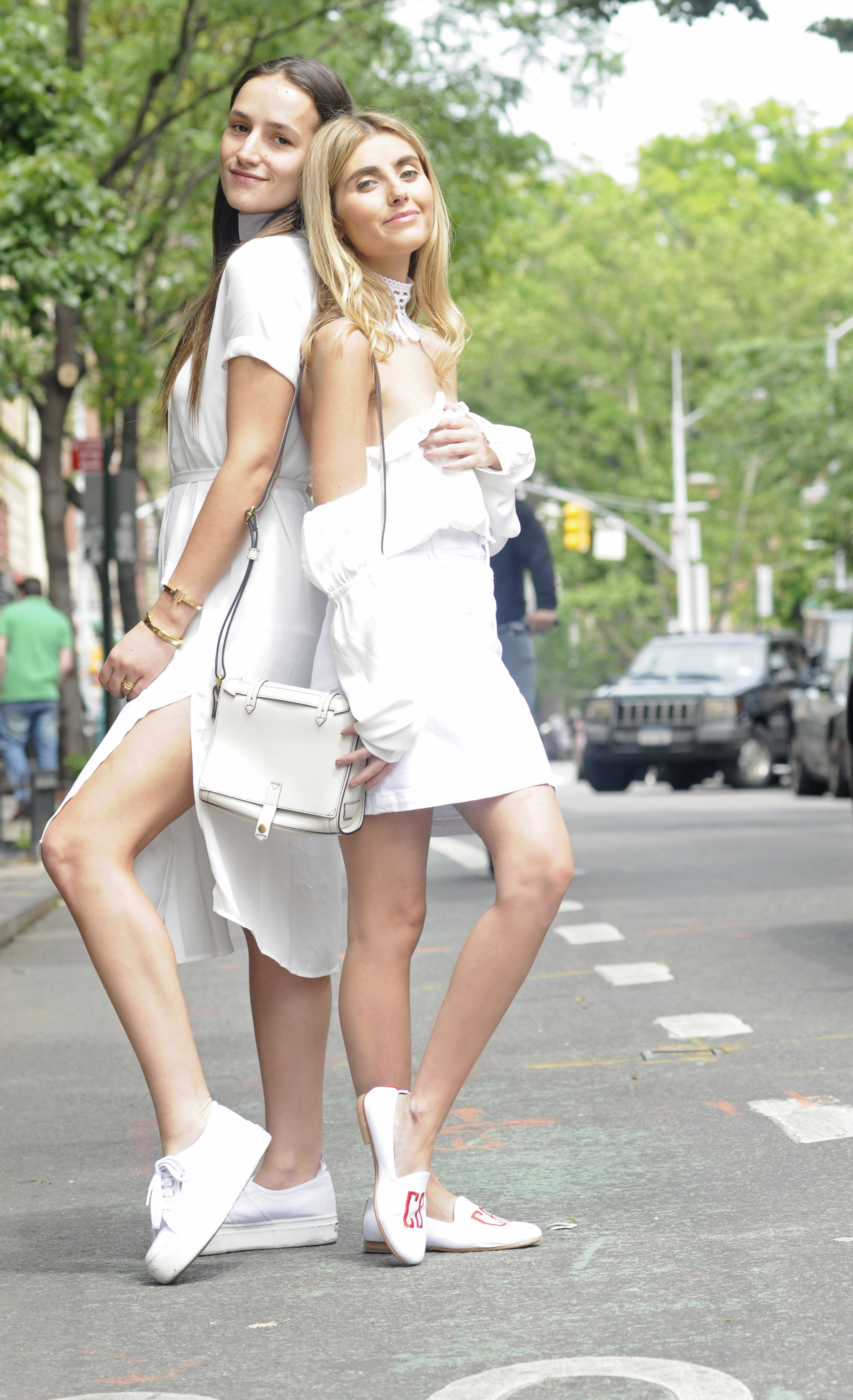 NYC STREET STYLE BICKLEY SISTER BACK TO BACK