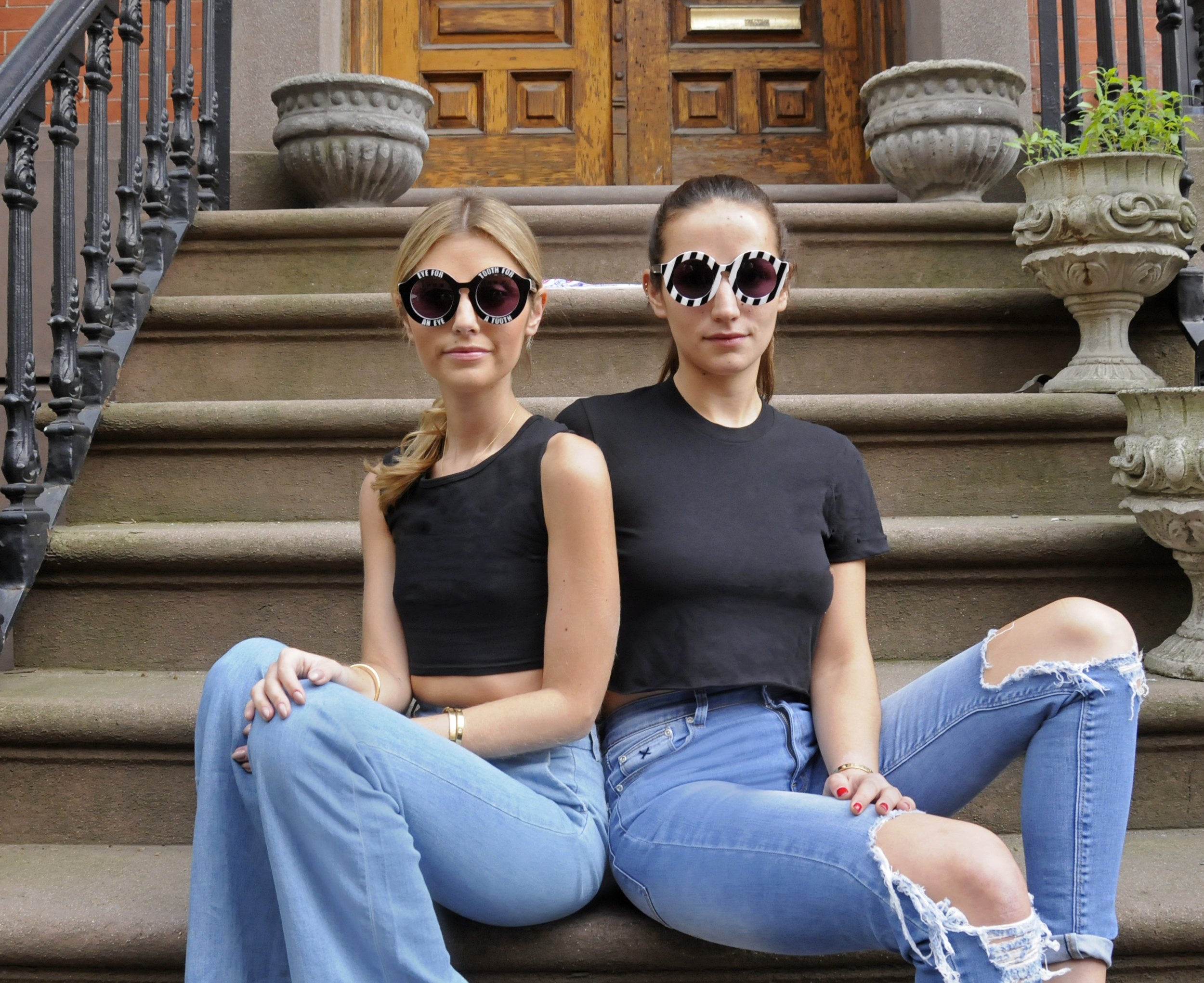 SISTER BLOGGERS NYC STREET STYLE SUNGLASSES