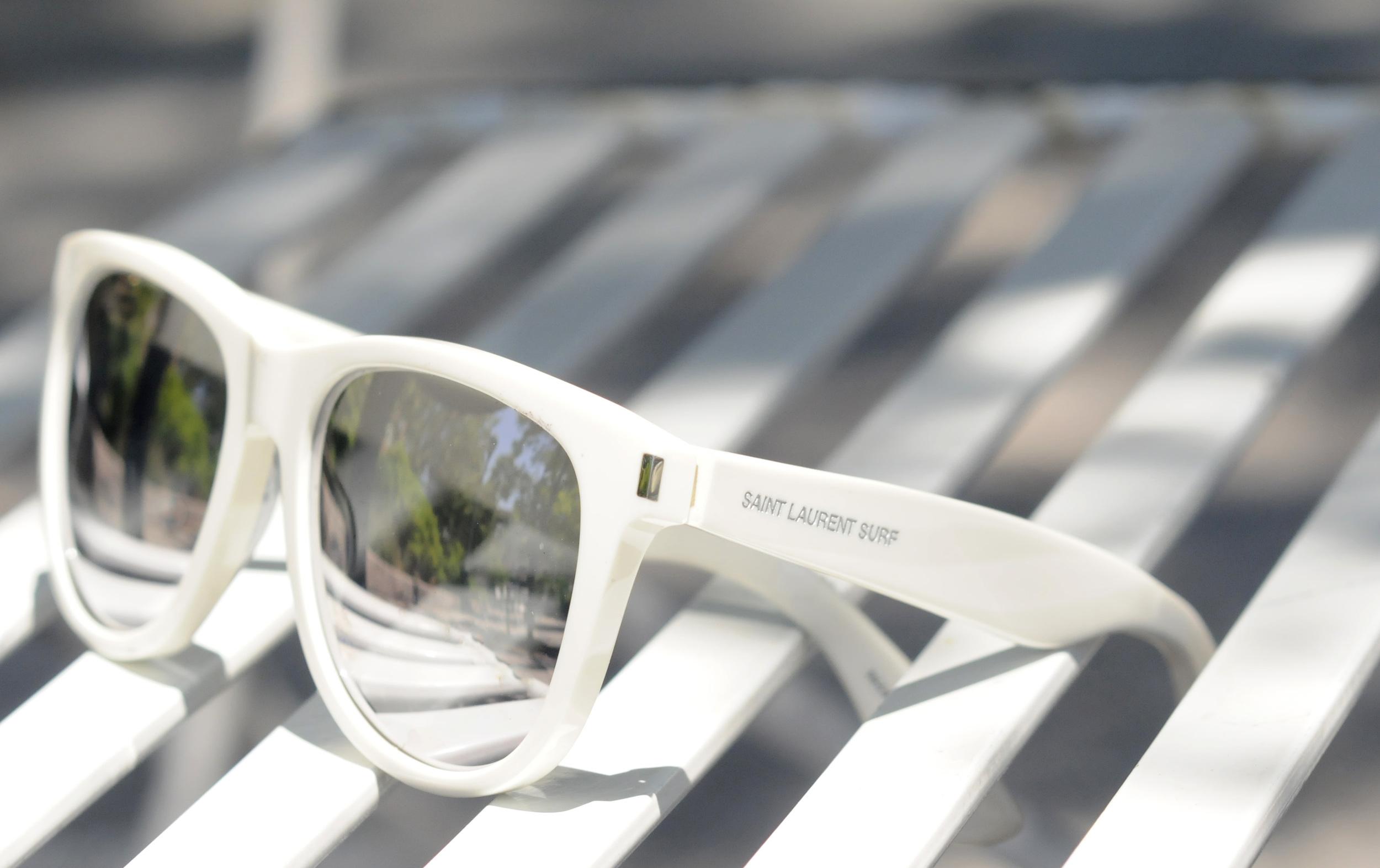 SAINT LAURENT WHITE SURF GLASSES