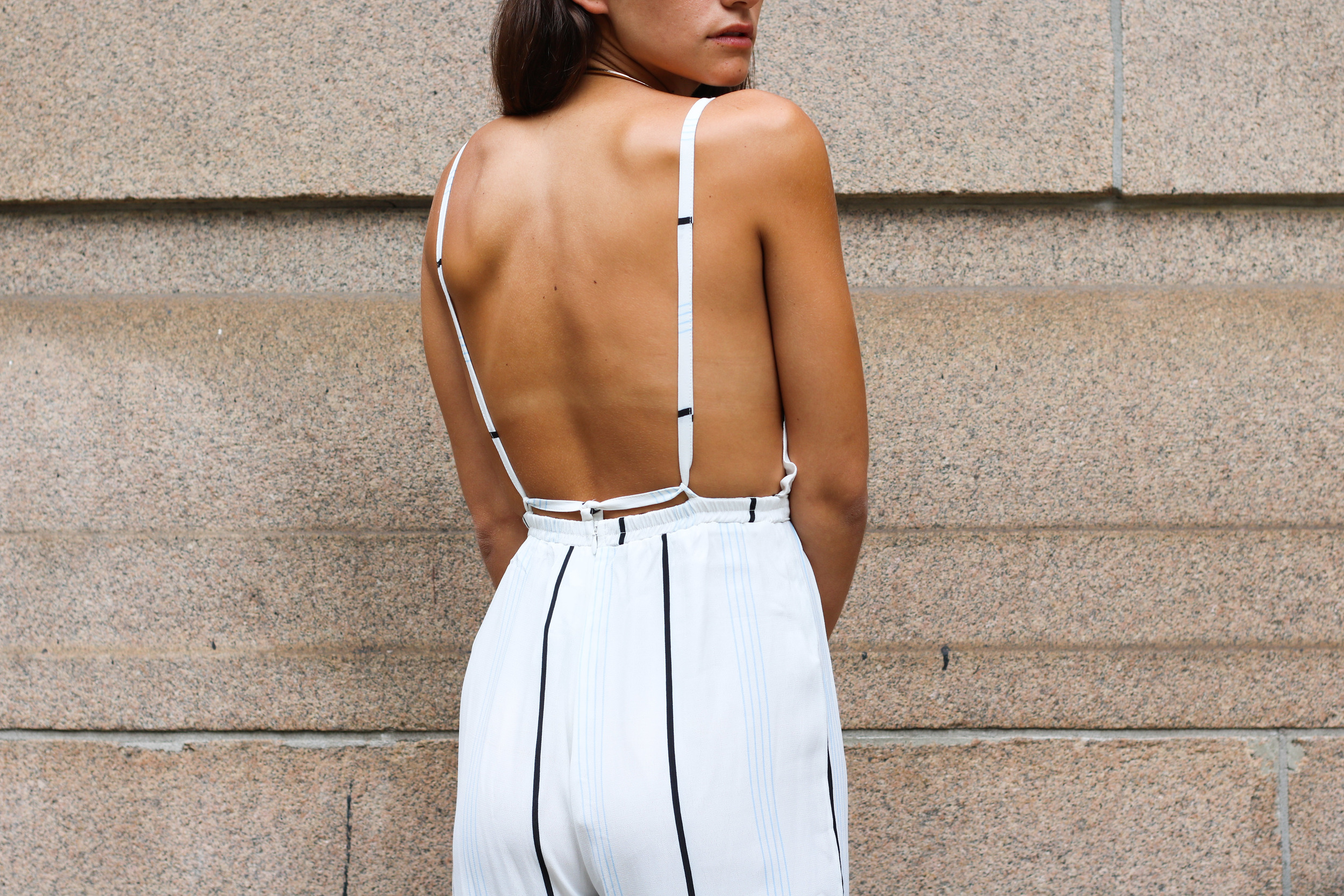 SOPHIE BICKLEY BACK DETAILS NYC STREET STYLE YIN 2MY YANG