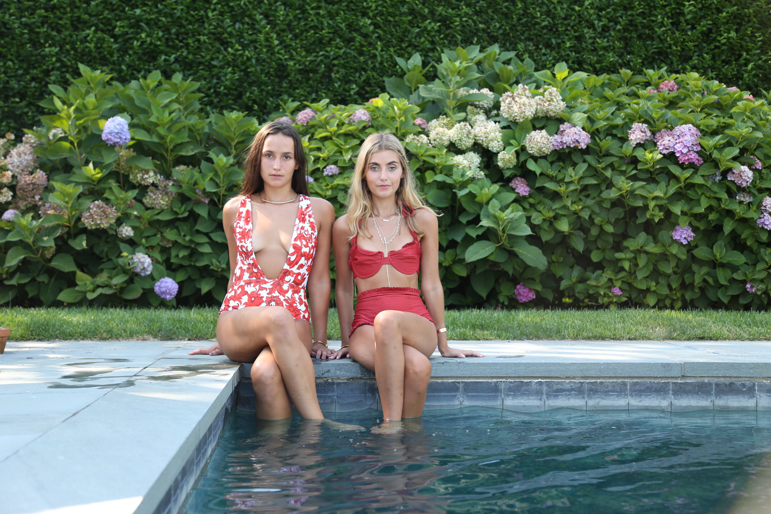 YIN 2MY YANG SISTER BLOGGERS SOPHIE AND CHARLOTTE BICKLEY BATHING SUIT POSTS NYC HAMPTONS FASHION