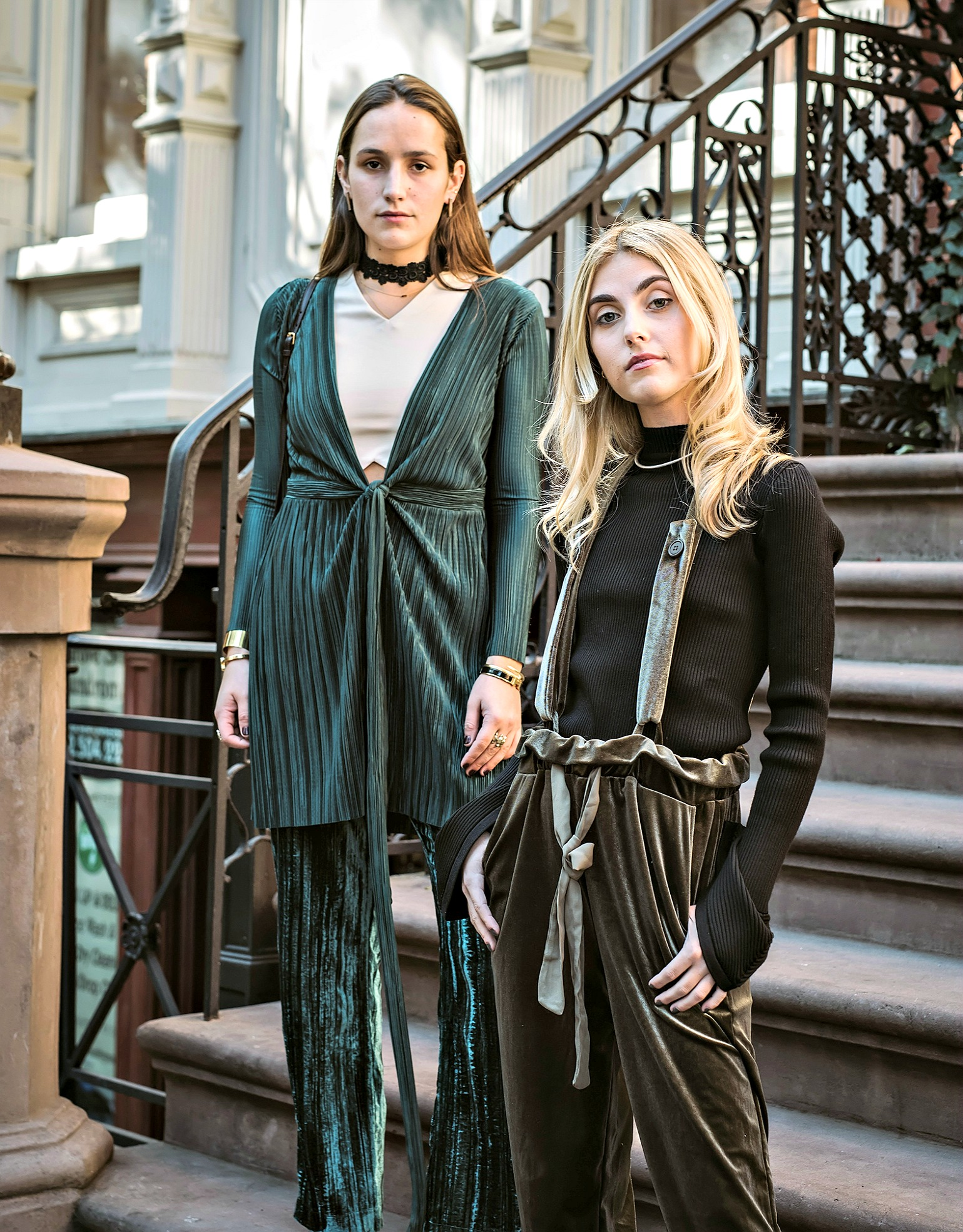 SOPHIE AND CHARLOTTE BICKLEY YIN 2MY YANG SISTER FASHION BLOGGERS VELVET LOOK