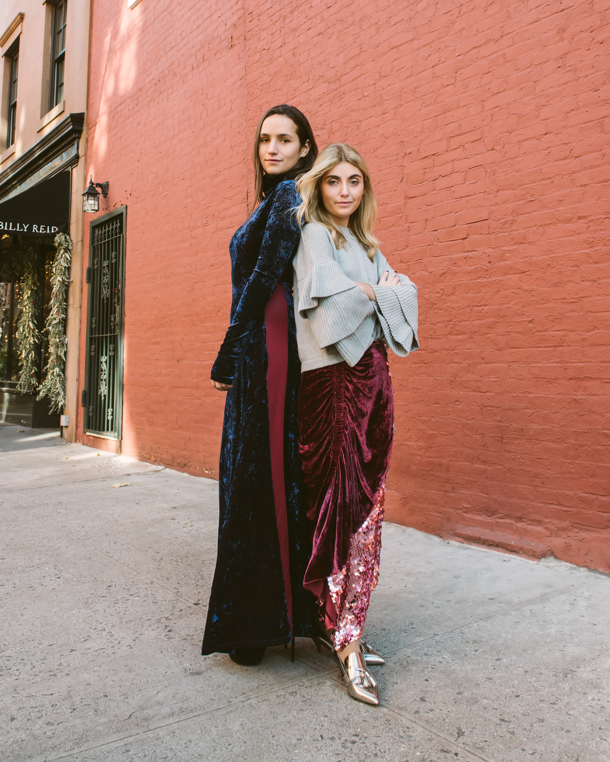 SOPHIE AND CHARLOTTE BICKLEY YIN 2MY YANG SISTER FASHION BLOGGERS HOLIDAY TREND