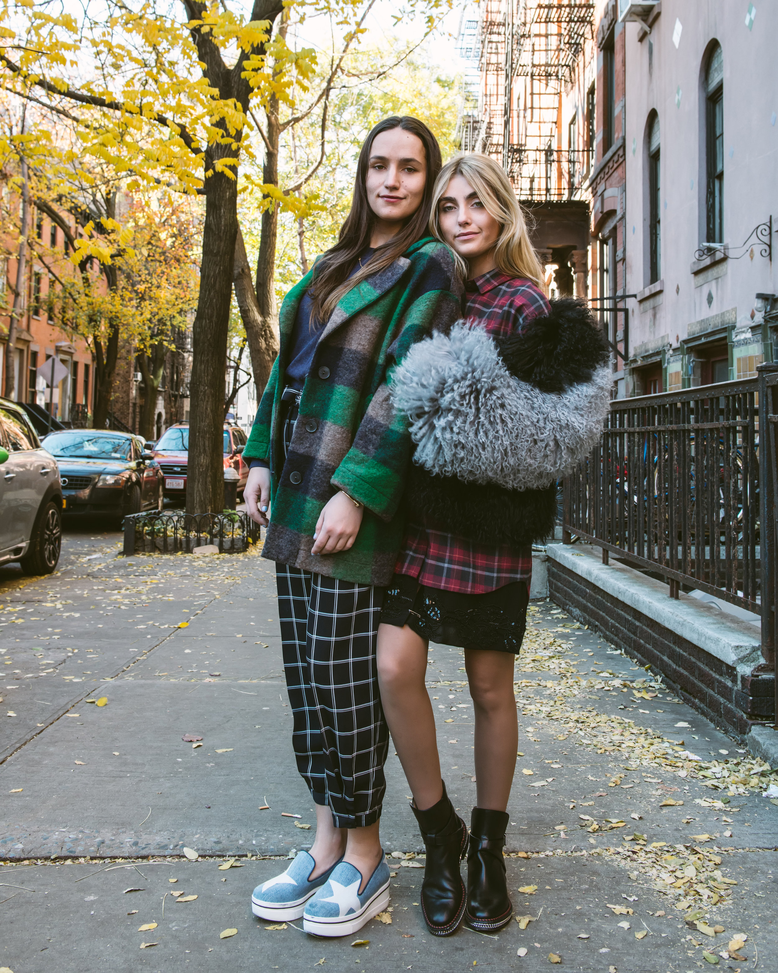 SOPHIE AND CHARLOTTE BICKLEY YIN 2MY YANG SISTER FASHION BLOGGERS PLAID POST 2