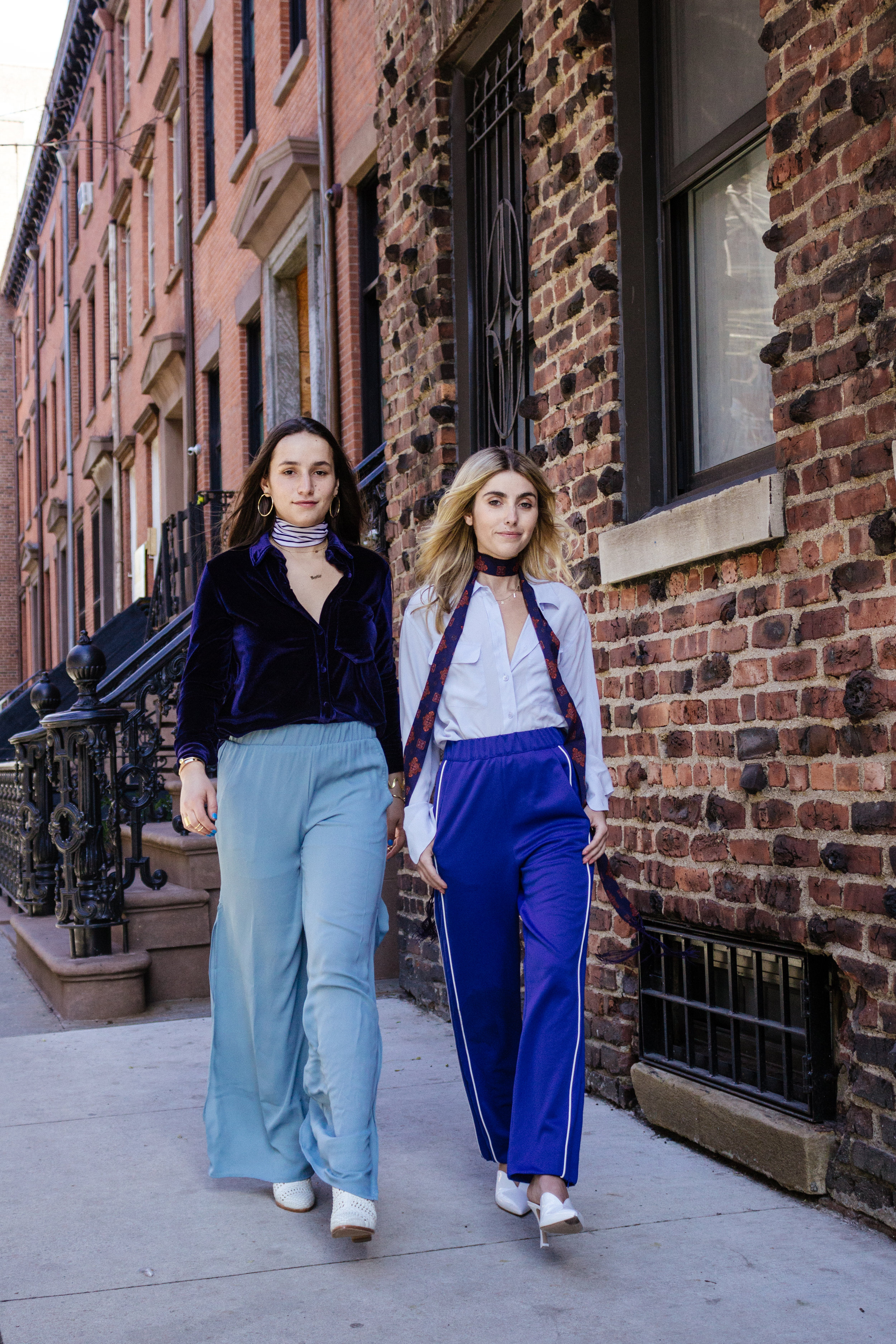 SOPHIE & CHARLOTTE BICKLEY YIN 2MY YANG SISTER FASHION BLOG NYC SHADES OF BLUE POST