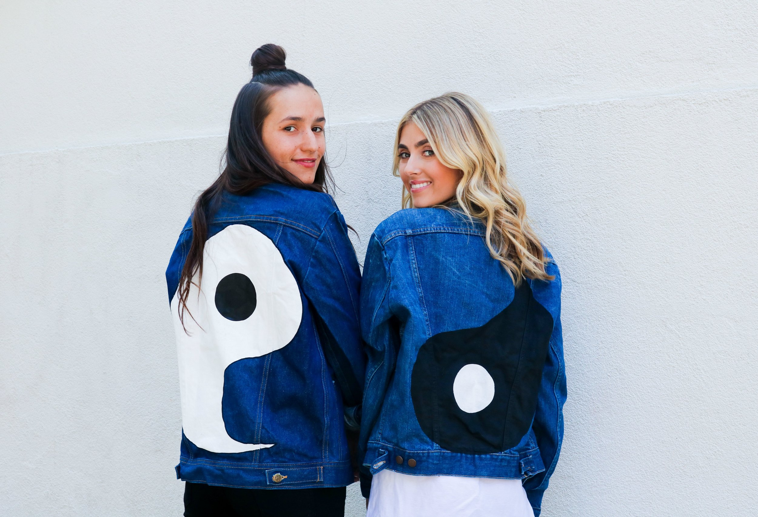 SOPHIE & CHARLOTTE BICKLEY YIN 2MY YANG SISTER BLOGGERS ONE YEAR POST