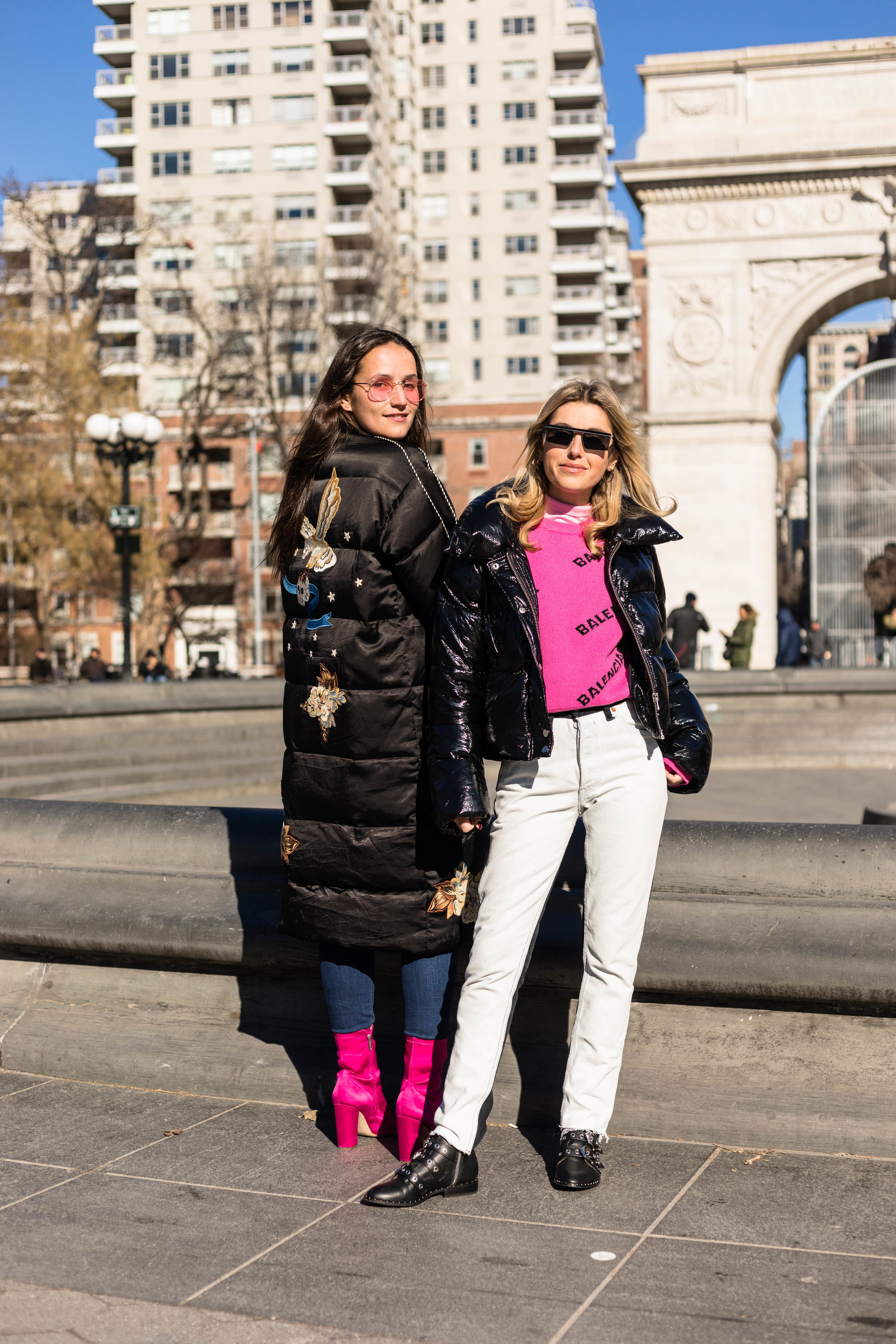 YIN 2MY YANG SOPHIE & CHARLOTTE BICKLEY BLOGGER SISTERS NYC PUFFER JACKET POST JANUARY 2018