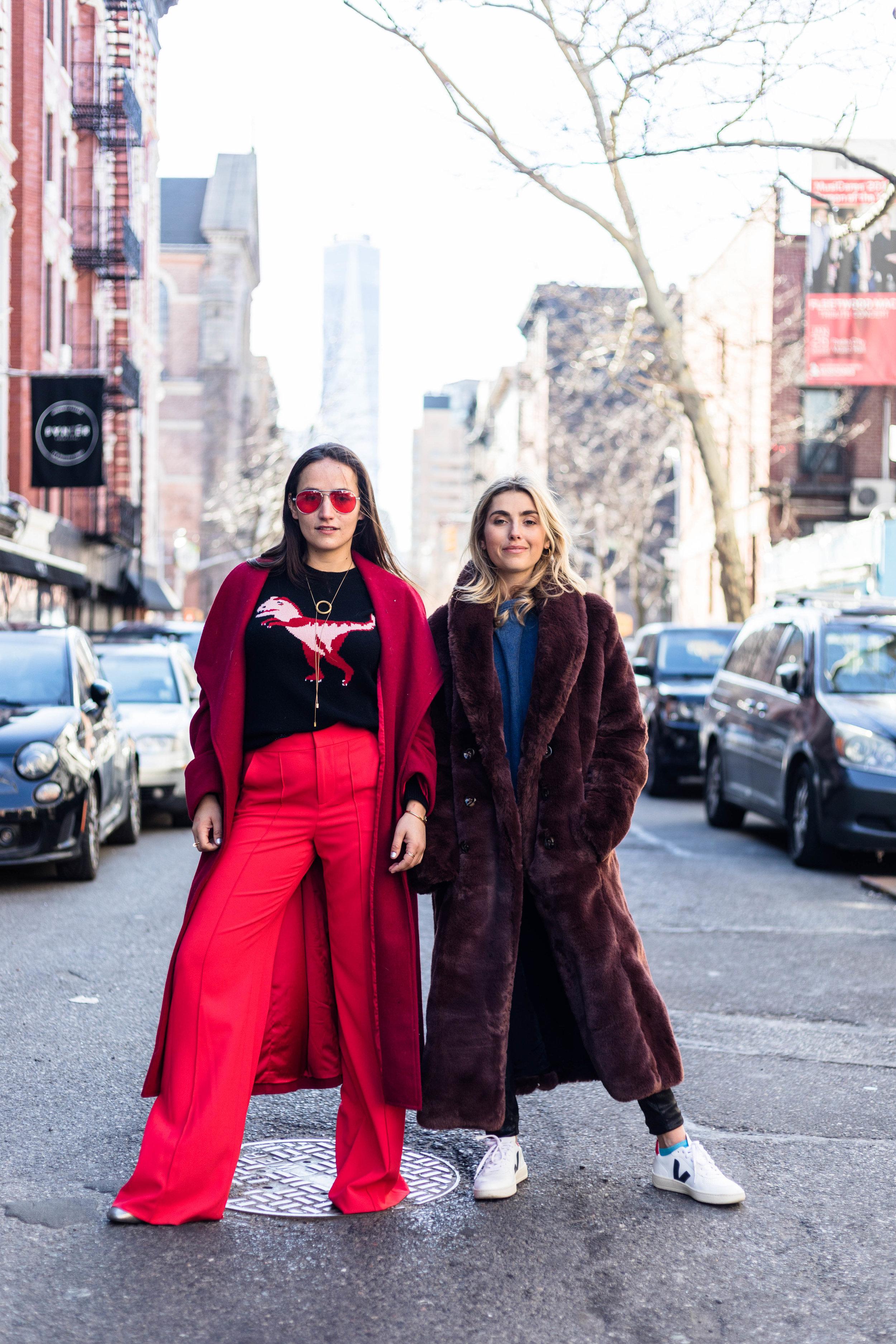 YIN 2MY YANG SOPHIE & CHARLOTTE BICKLEY BLOGGER SISTERS NYC LONG JACKET POST JANUARY 2018 1