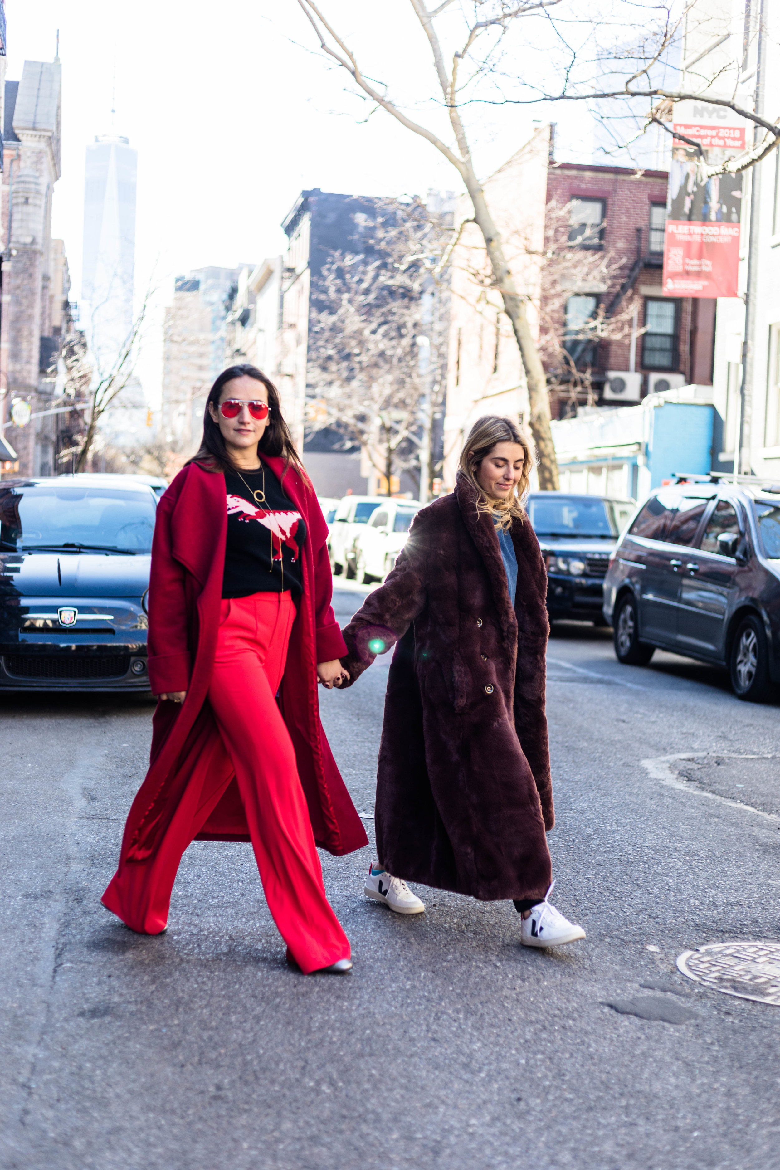 YIN 2MY YANG SOPHIE & CHARLOTTE BICKLEY BLOGGER SISTERS NYC LONG JACKET POST JANUARY 2018