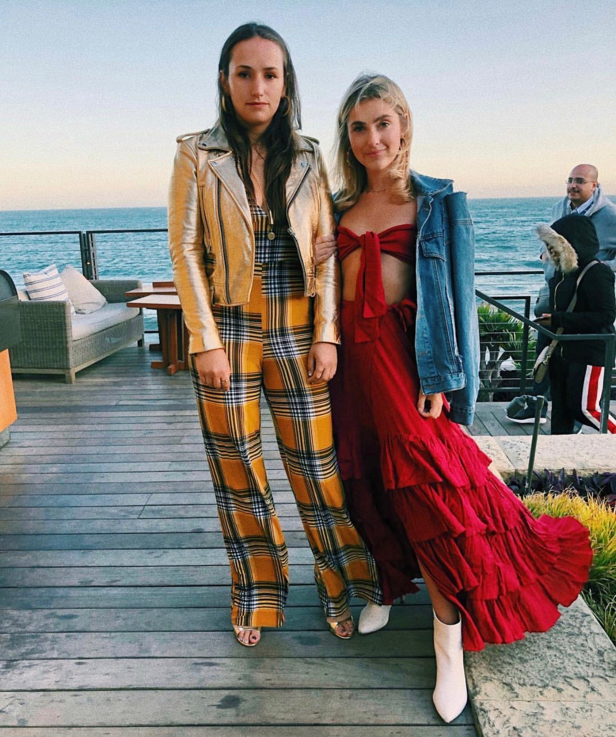 YIN 2MY YANG SOPHIE & CHARLOTTE BICKLEY SISTER NYC BLOGGERS CALIFORNIA APRIL 2018