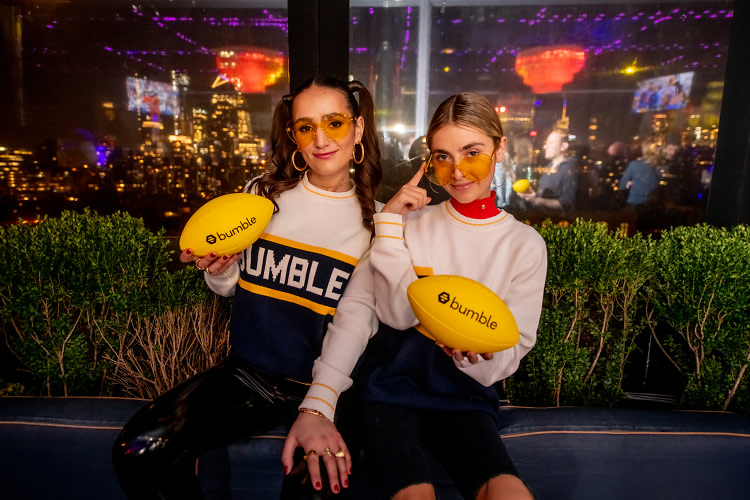 "Was This The Cutest Super Bowl Party In Town? - GUEST OF A GUEST FEBRUARY 2019""While you may have spent the Super Bowl stuck to your couch, trying not to drip pizza oil onto your throw blanket, Sophie and Charlotte Bickley were partying it up big time. …""READ MORE"