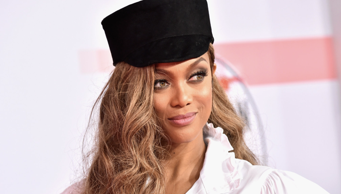 At 45, Tyra Banks Is Back on the Cover of Sports Illustrated -