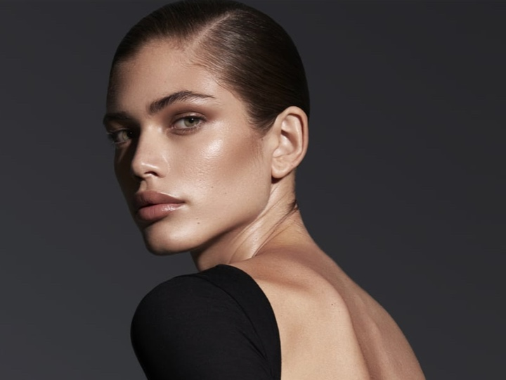 Victoria's Secret's First Transgender Model Valentina Sampaio Tells Us,
