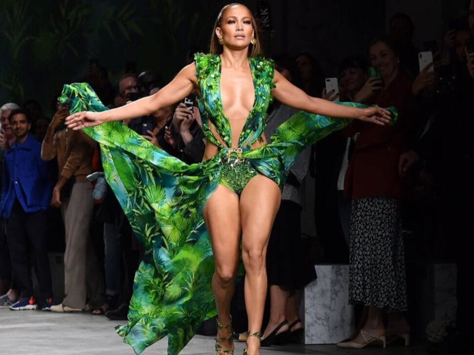 J Lo Just Walked the Versace Runway in an Even Sexier Version of *That* Green Dress -