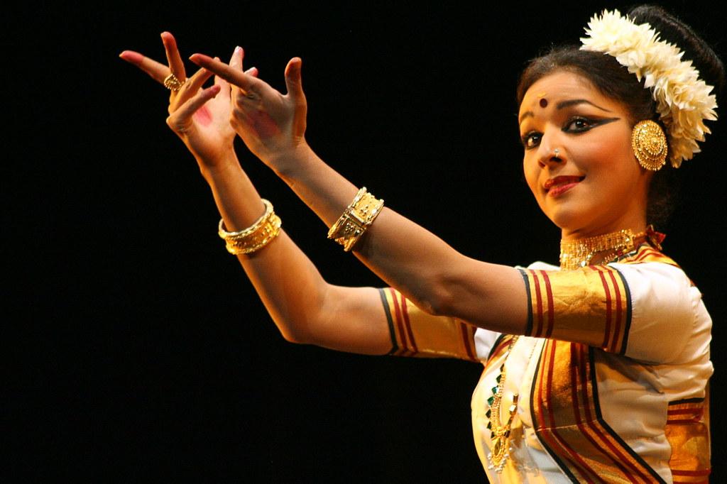 Dancer, Vijayalakshmi huB101.jpg