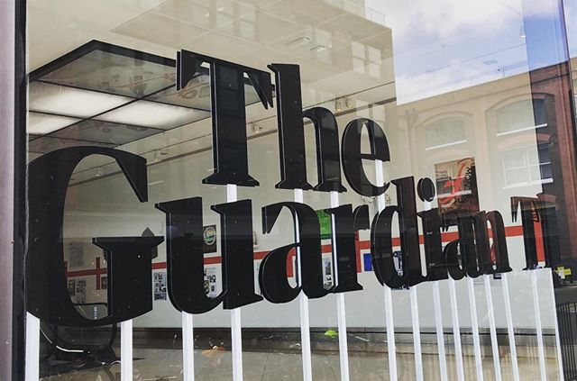 The Guardian is a British daily newspaper founded in 1821 by John Edward Taylor. Originally the Manchester Guardian, it had an average daily circulation of 162,000 copies in 2016. #theguardian #newsrooms #mizzoualumni