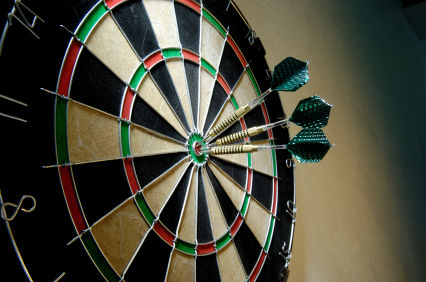 rich_junnies_Dart board.jpg