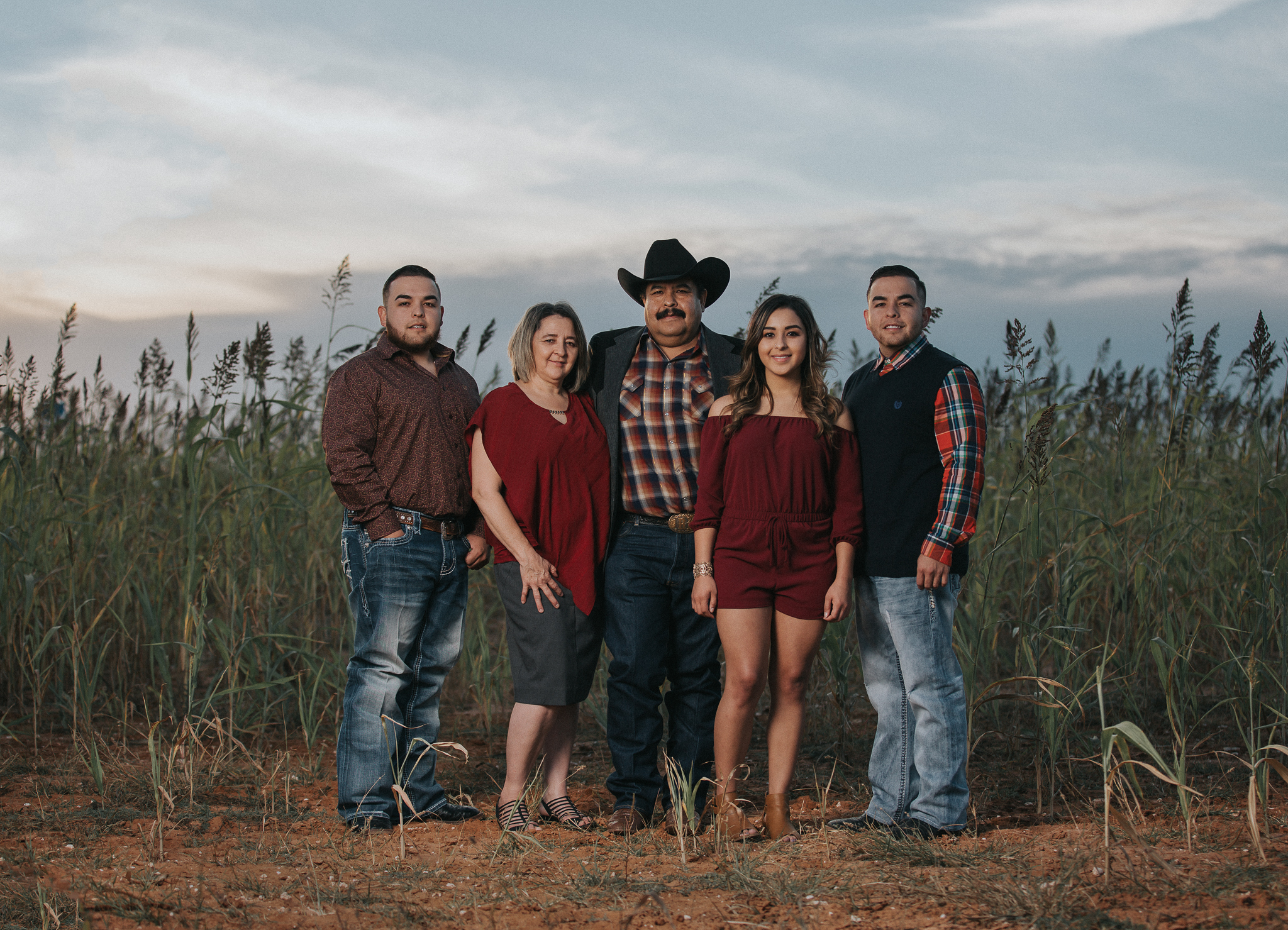 richard-guerra-photography-wedding-quinceañera-senior-family-maternity-children-cake-smash-photographer-portraits-southeastern-new-mexico-west-texas-hobbs-eunice-jal-lovington-lubbock-odessa-midland-seminole-seagraves-andrews-brownfield