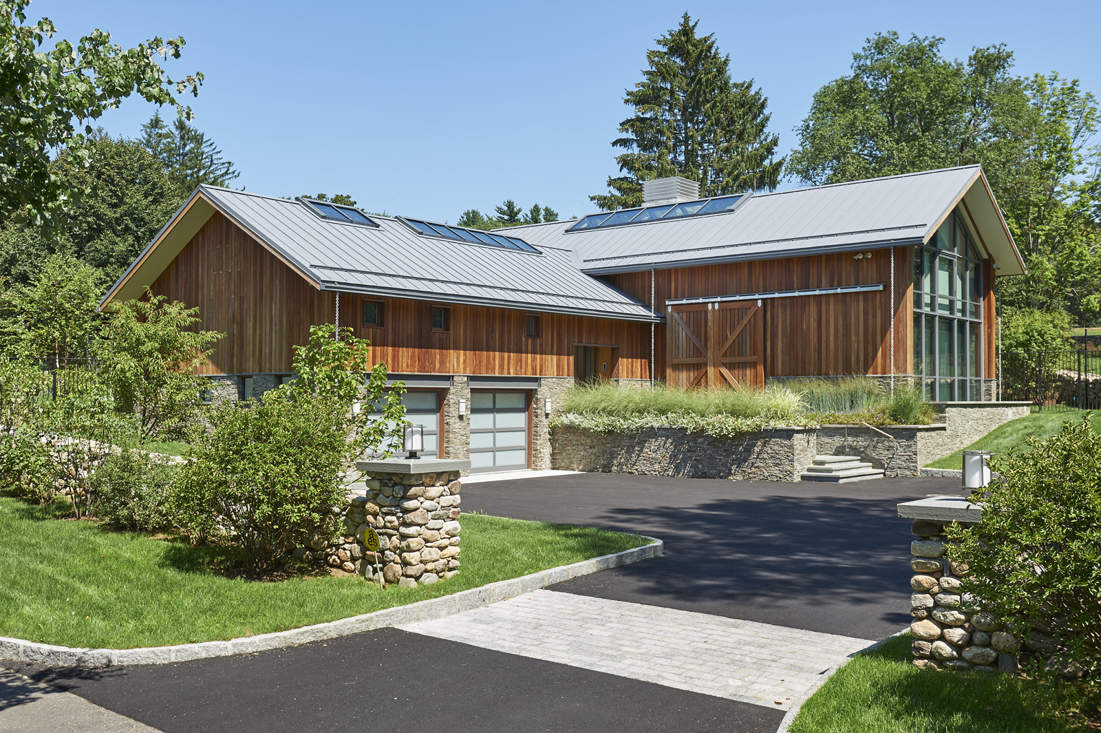 Contemporary-new-construction-front-wood-new-canaan-ct-exterior-w.jpg