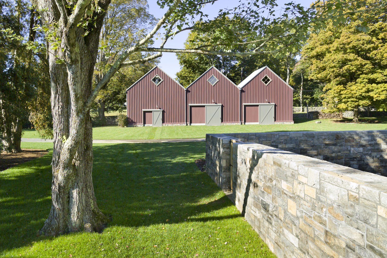 Historic-farmhouse-barn-landscaping-connecticut-exterior-w.jpg