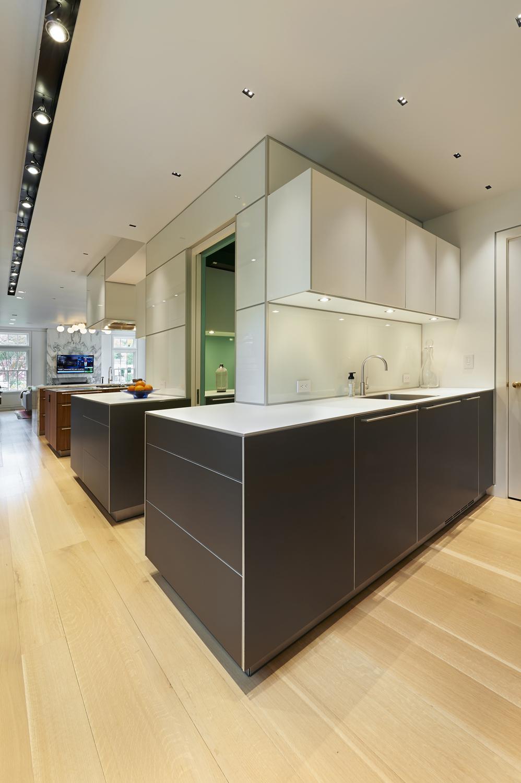 Colonial-renovation-addition-kitchen-pantry-bar-riverside-ct-exterior-w.jpg