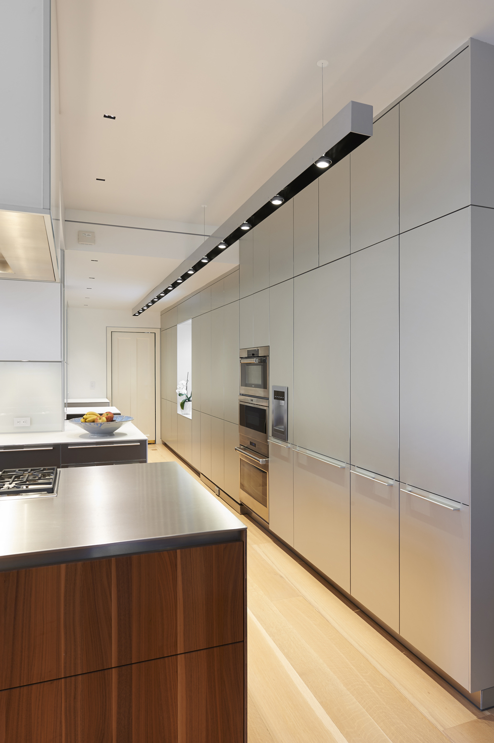 Colonial-renovation-addtion-Bulthaup-kitchen-oven-riverside-ct-interior-w.jpg