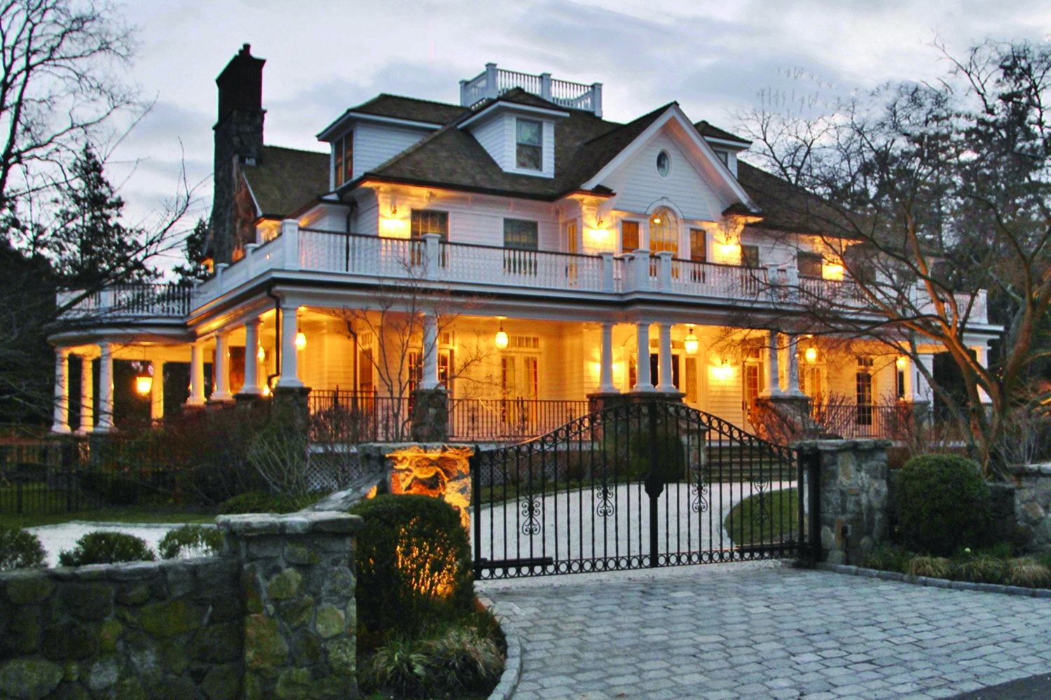 Colonial-new-construction-front-elevation-landscaping-belgian-block-driveway-widows-walk-old-greenwich-ct-exterior-w.jpg