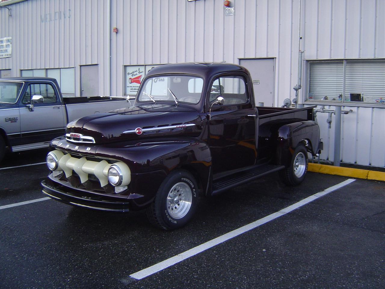 52 Ford (42).JPG