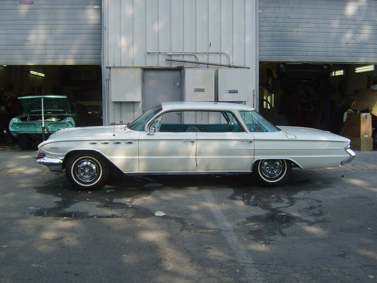 61 Buick (46).JPG