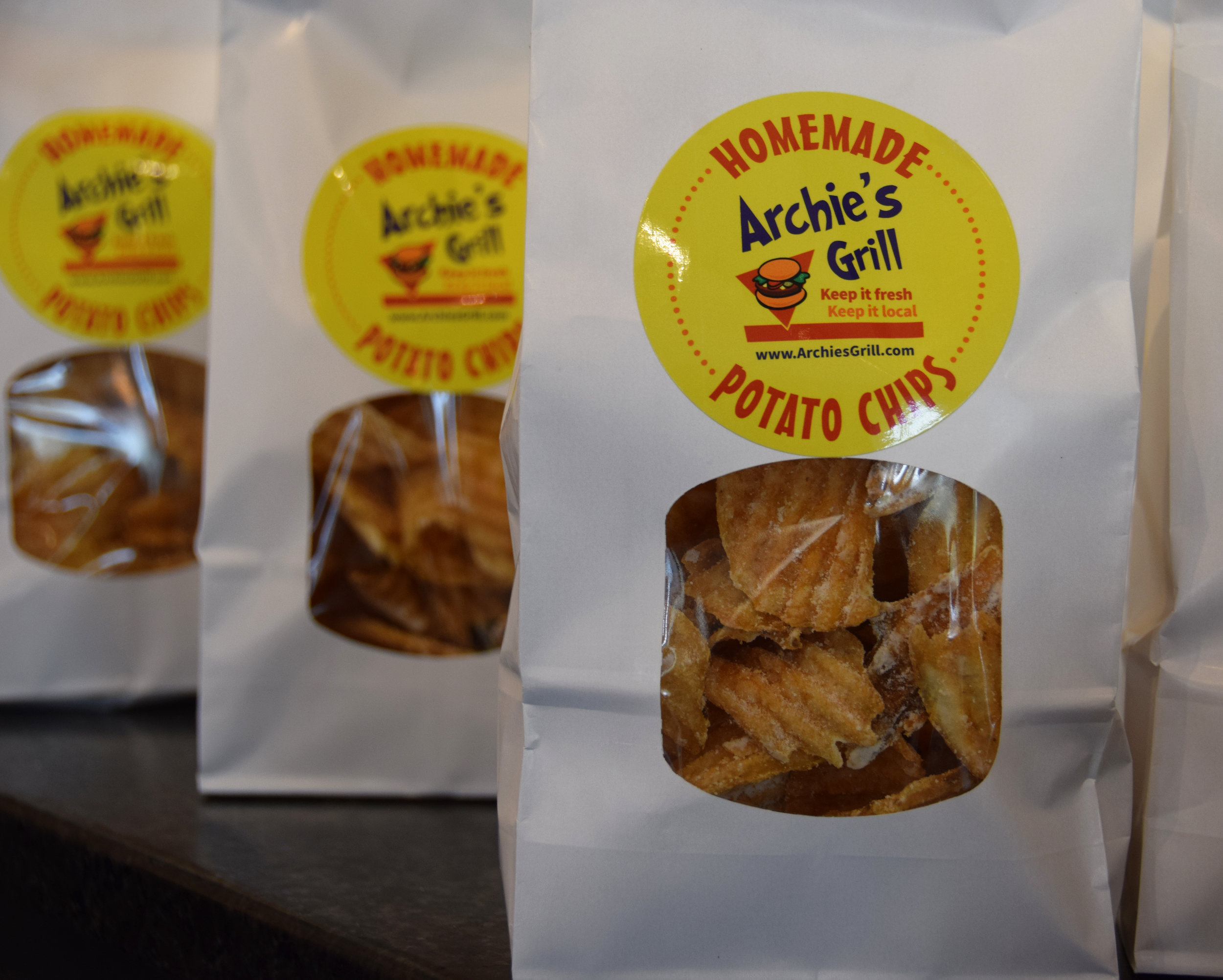 Archie's Grill - Social Media Client