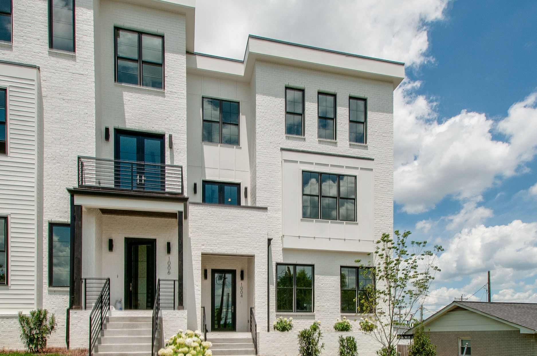 Edgehill Townhouses - TRANSITIONAL
