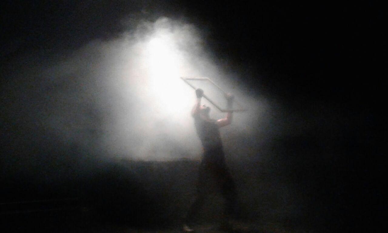 Yaser Khaseb performing Macbeth.jpg