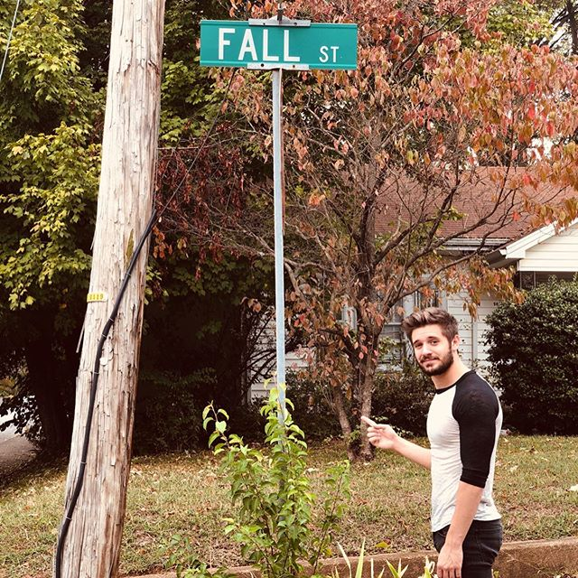 Try and convince me there's a better street. 🍂☕️ #fall