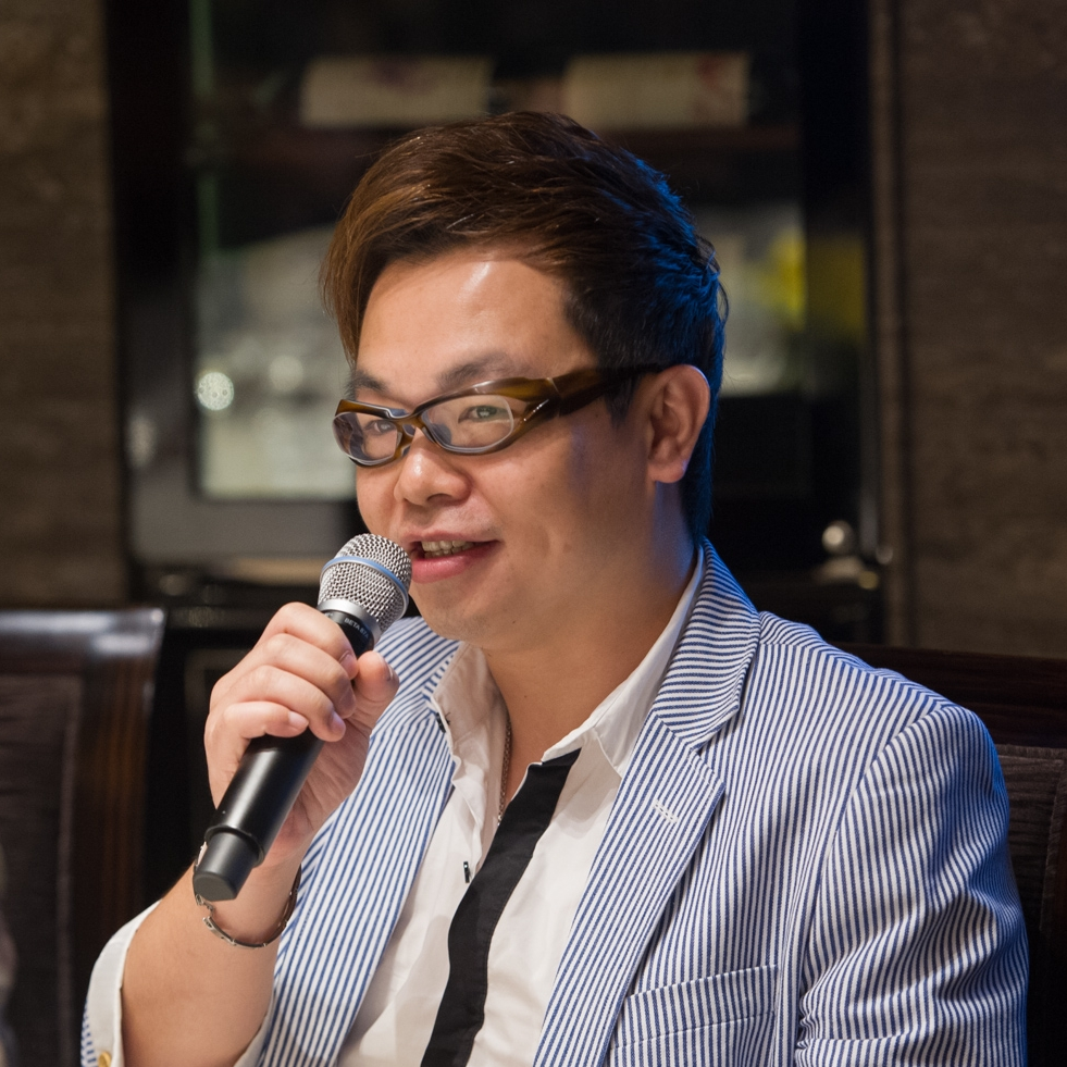 Ricky Ma  Founder of Mark Robotic Lab  Ricky Ma (MA TSZ HANG 馬子恒), Hong Kong people, loves art and creation since childhood. He has completed several design courses and a bachelor's degree in design. He has also worked in the design industry for over 25 years.