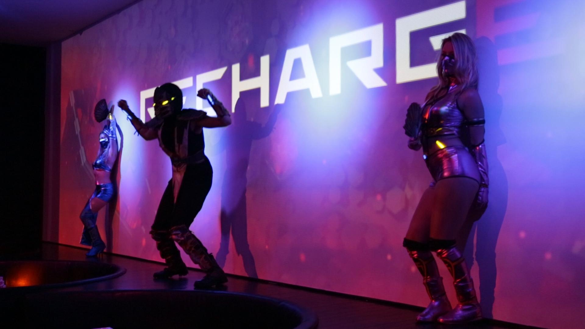 Downstairs_Recharge_Dancers_001.jpg
