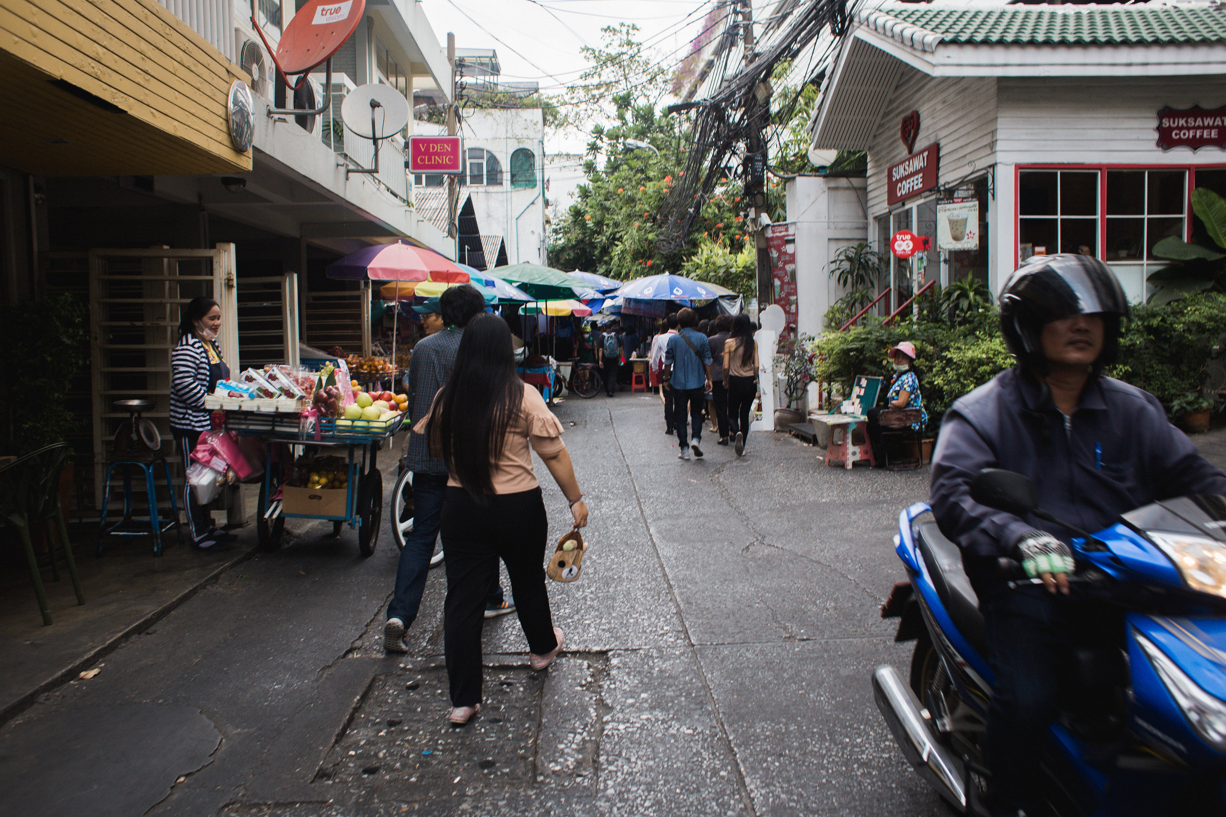 Thailand Day One-3.jpg