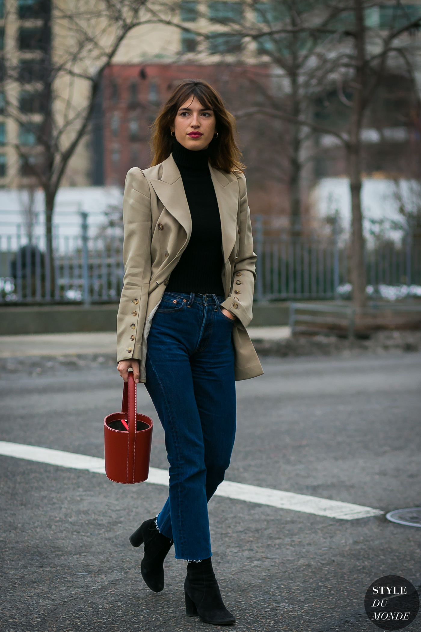 French Girl Street-Style via DNAMAG
