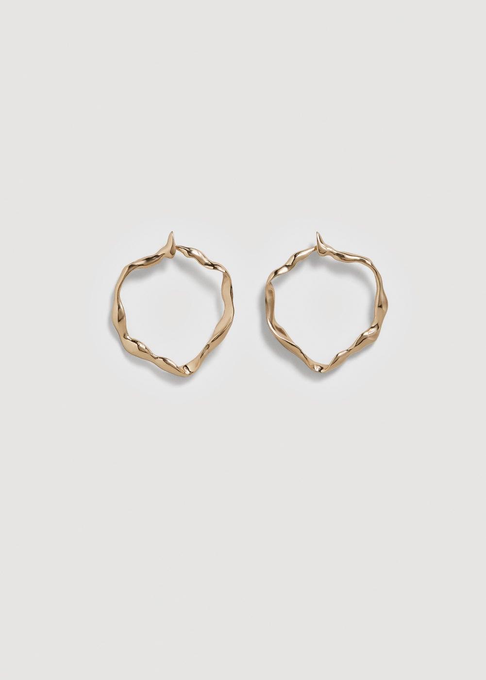 - EMBOSSED HOOP EARRINGS / Mango $16