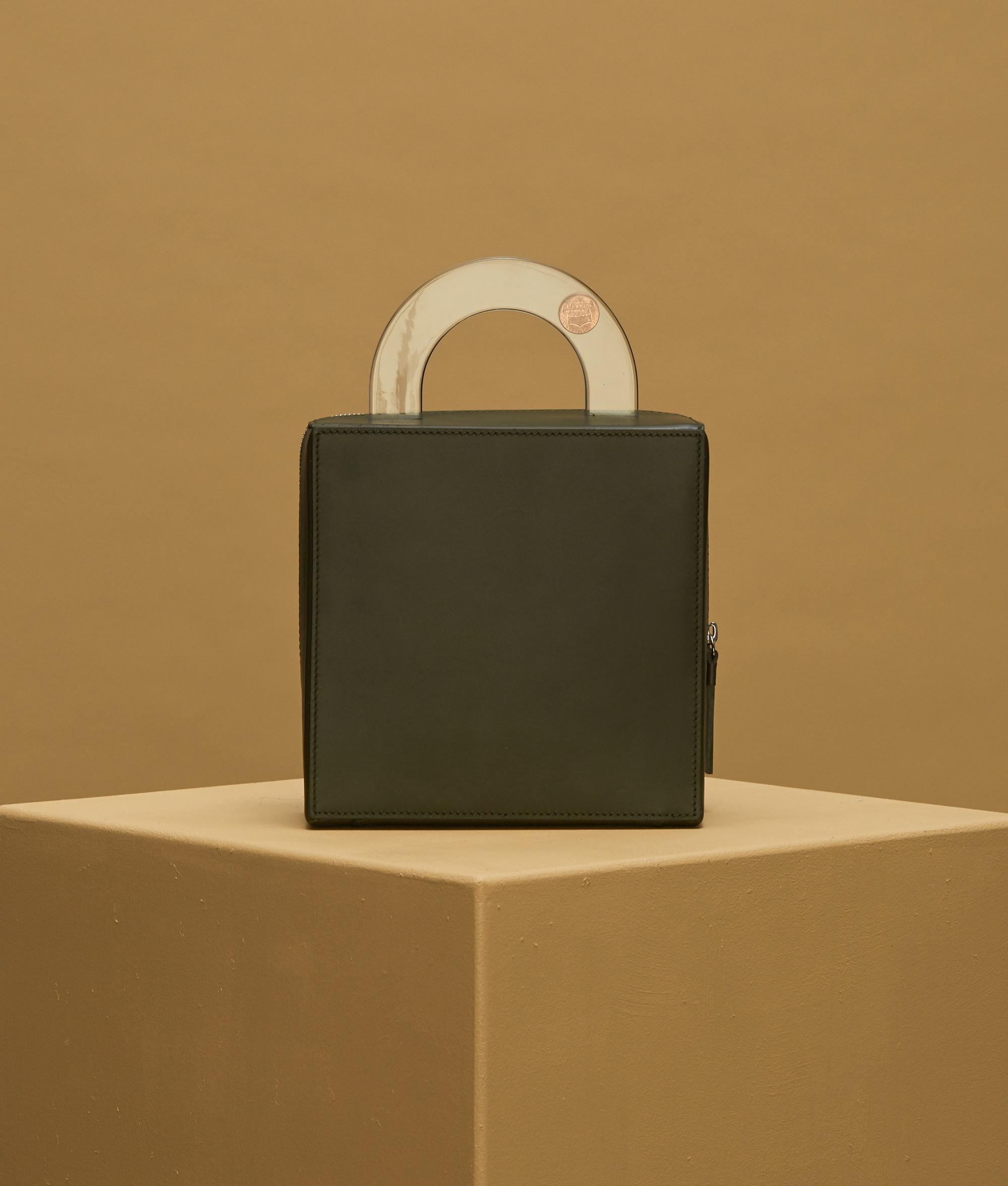 Building Block box bag in dark dust
