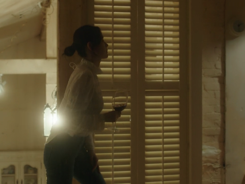 The fashion of K-Drama 'Something In the Rain' via DNAMAG
