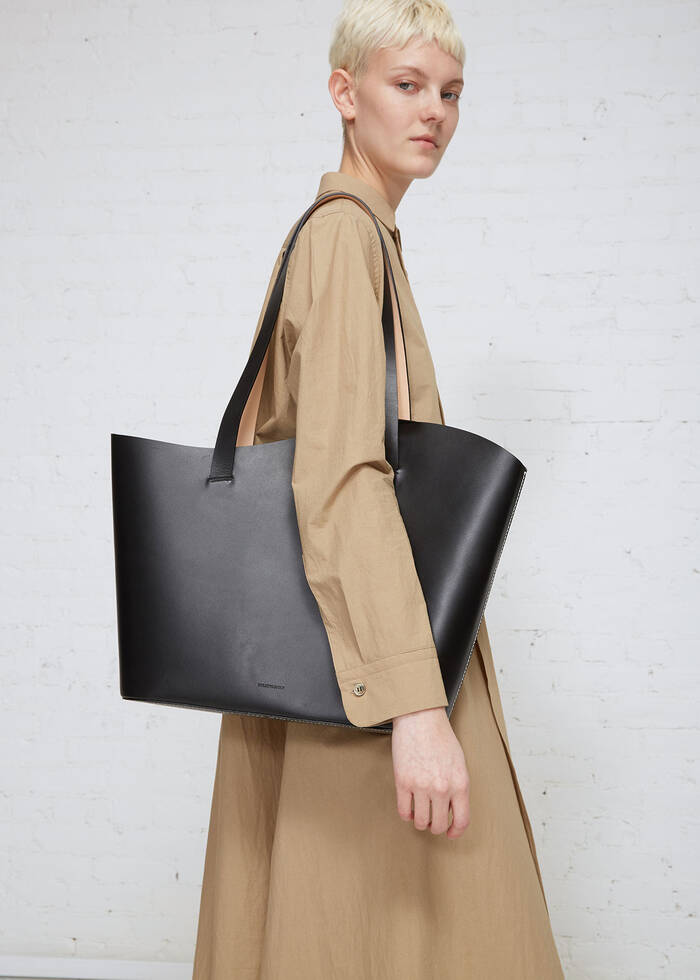 - BUILDING BLOCKLARGE WAVE TOTE$695