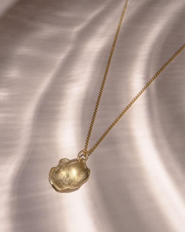 THE GYRE NECKLACE $422