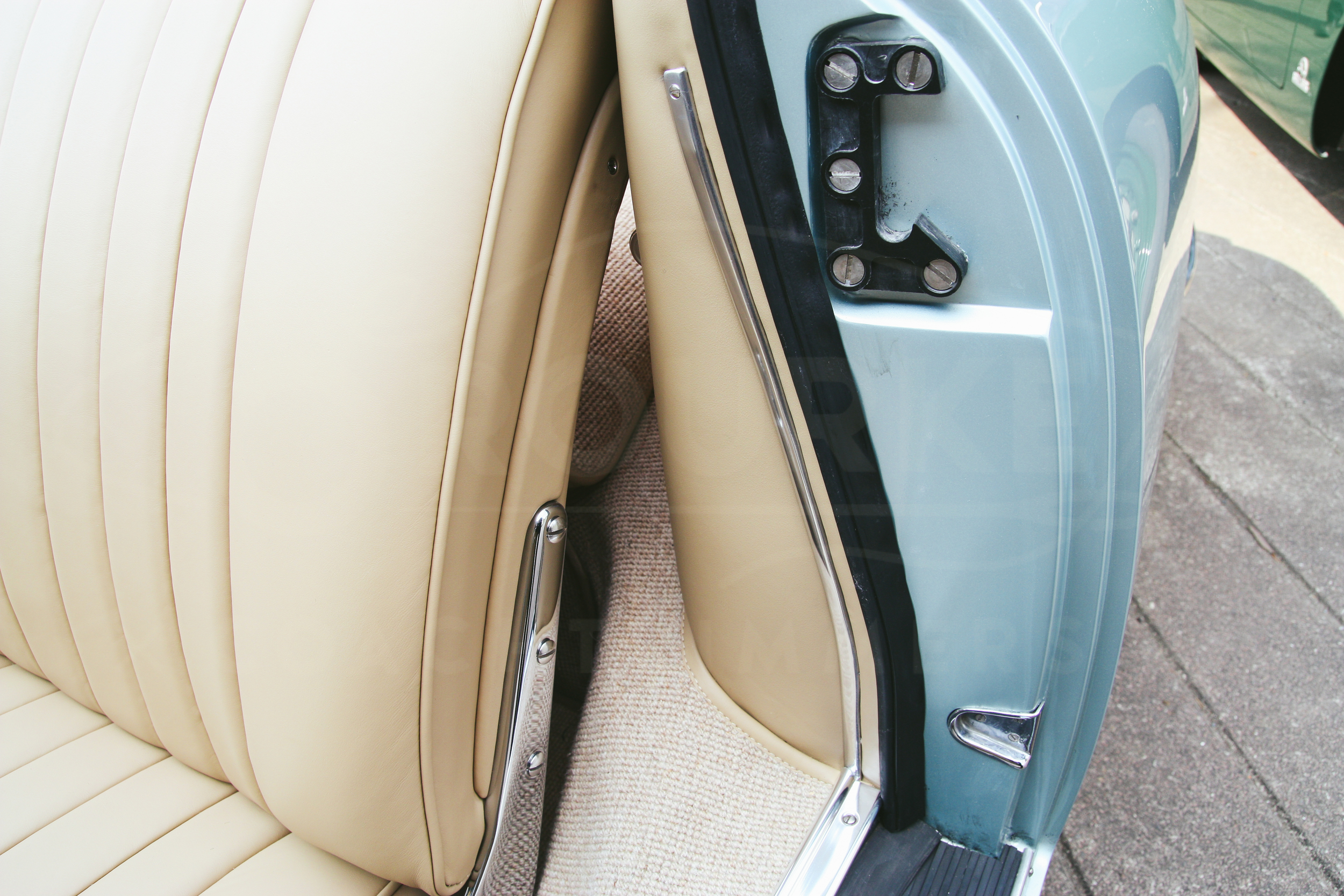 o-rourke-coachtrimmers-porsche-356-cabriolet-9.jpg