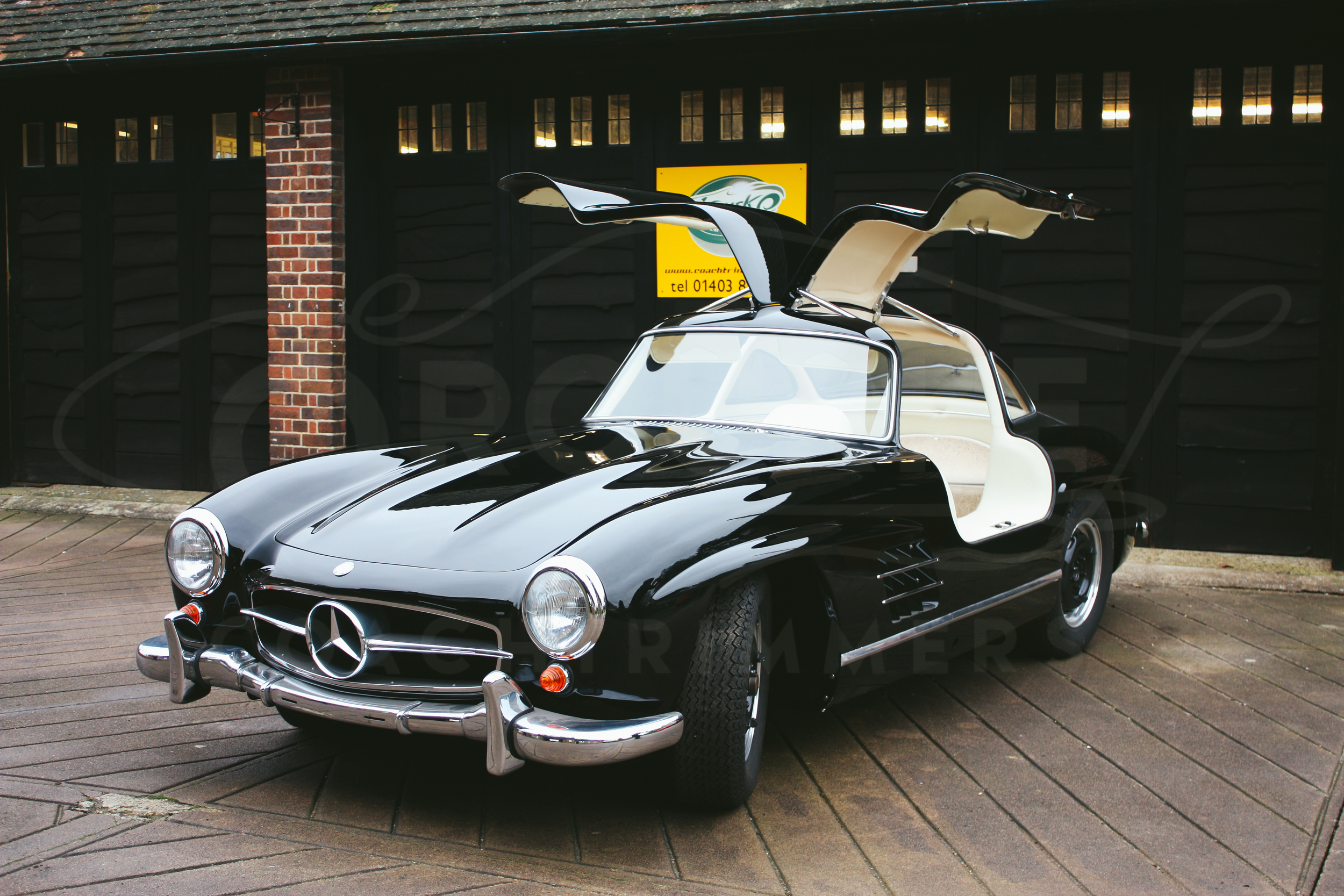 o-rourke-coachtrimmers-mercedes-gullwing-300-sl-1-0-5.jpg