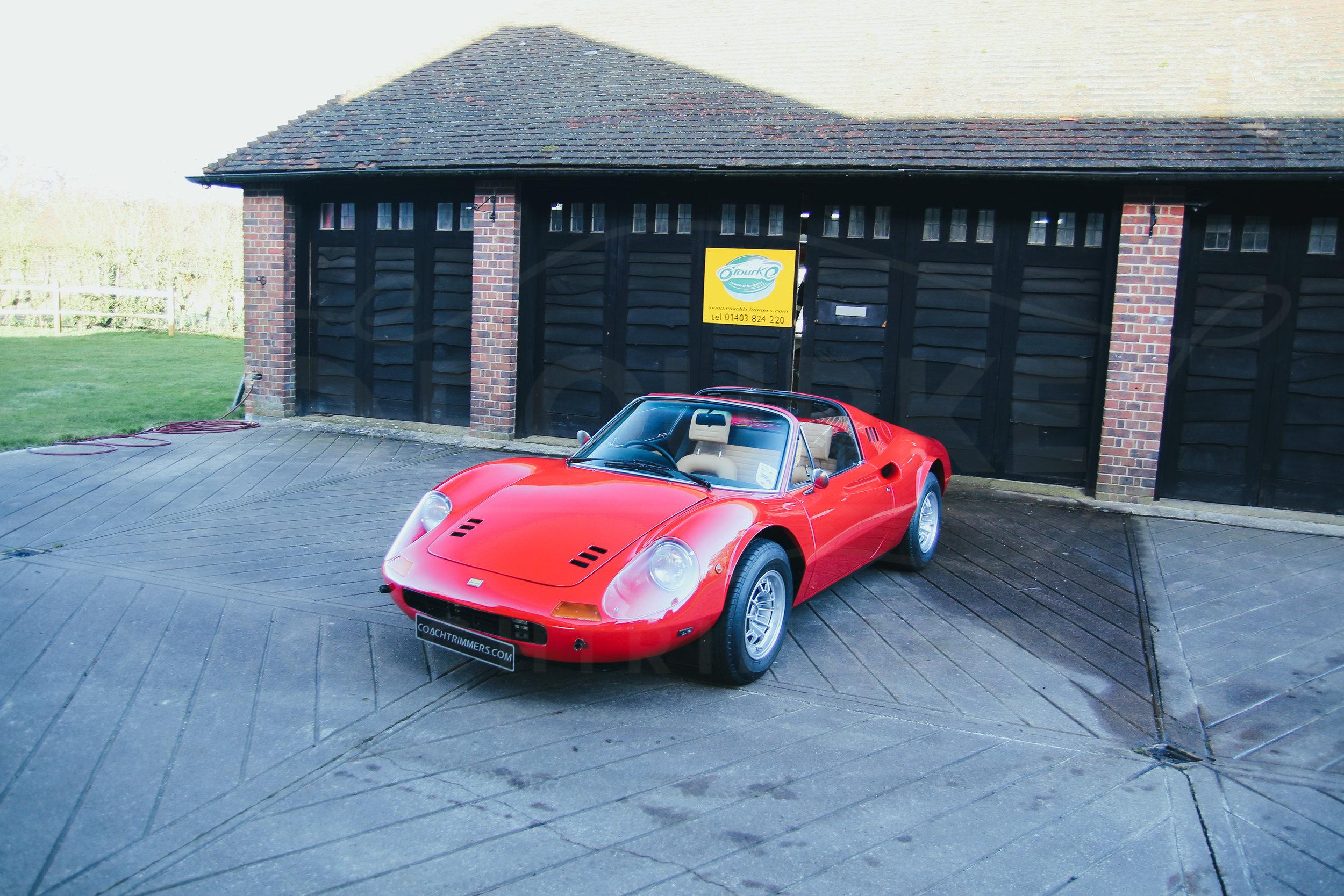 Ferrari 246 Dino GTS Flairs and Chairs